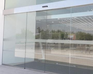 instalacion puertas automaticas cristal madrid