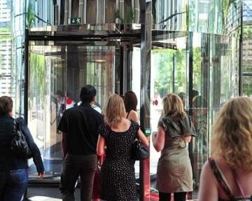 instalacion puertas automaticas hotel madrid