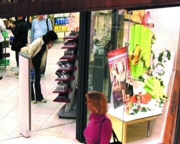 instalacion puertas correderas automaticas madrid centro comercial