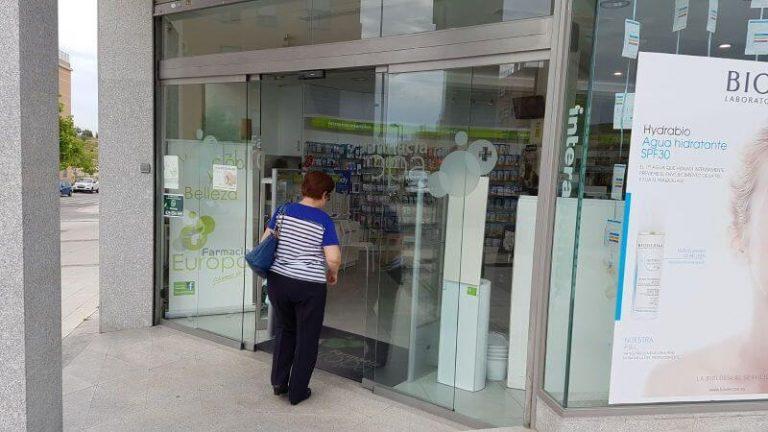 Mantenimiento-urgente-de-puertas-para-las-farmacias