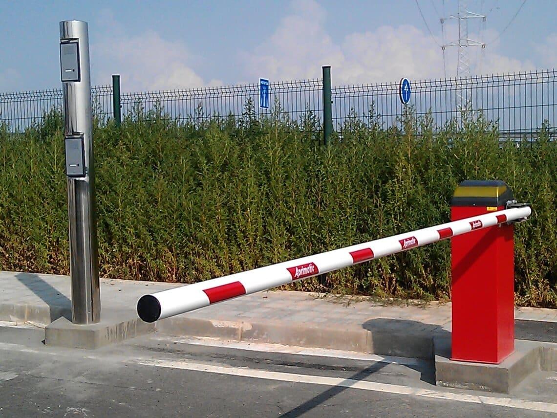 barrera de control de acceso vehicular precio madrid