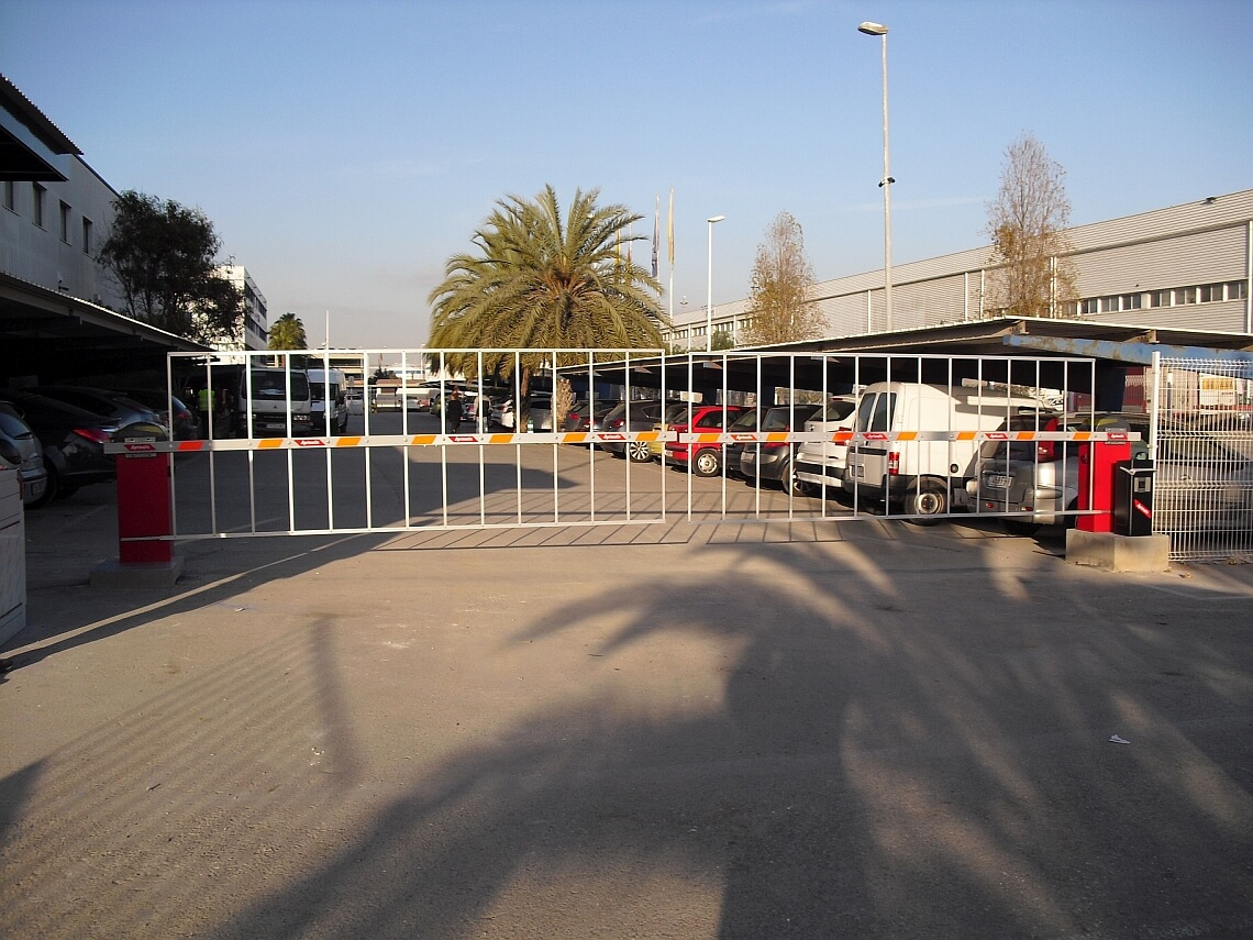 barrera para control vehicular madrid