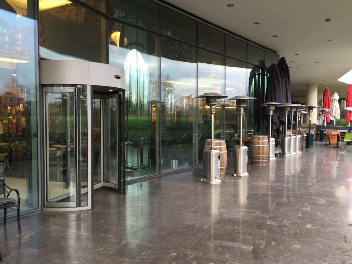 instalacion puertas giratorias automaticas