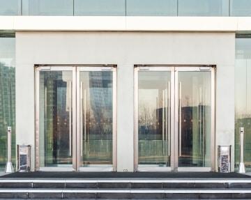 mantenimiento puertas automaticas de cristal