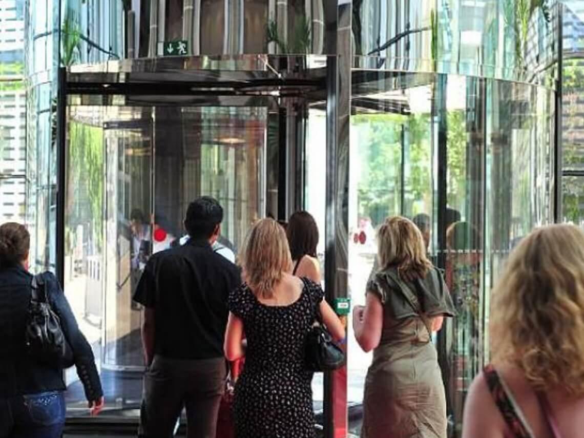 precio puertas centro comercial