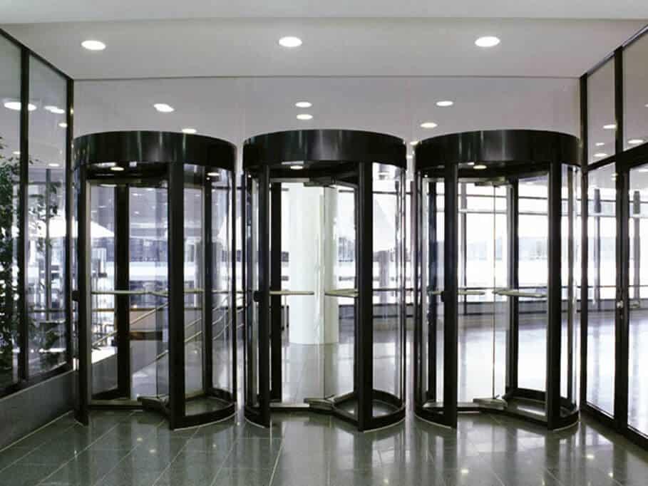 puertas giratorias madrid